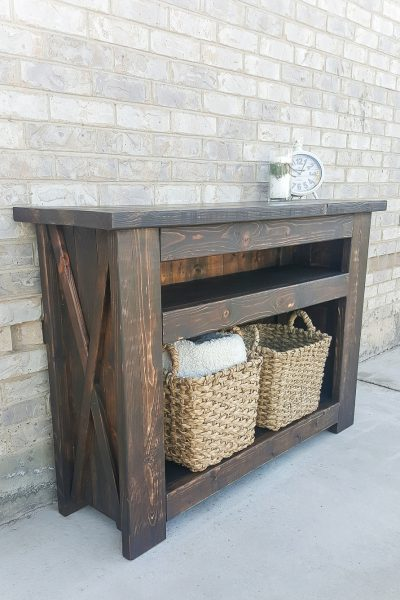 How to build a DIY chunky X media console - free plans!