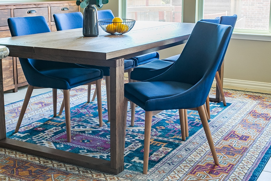 How to choose dining chairs for your dining table for Teal dining room table