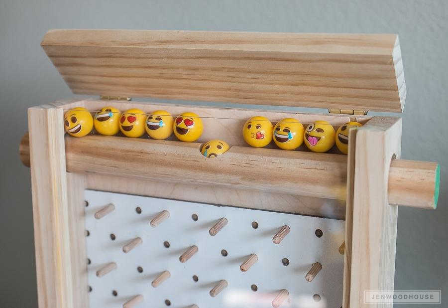 Emoji gumballs in plinko game