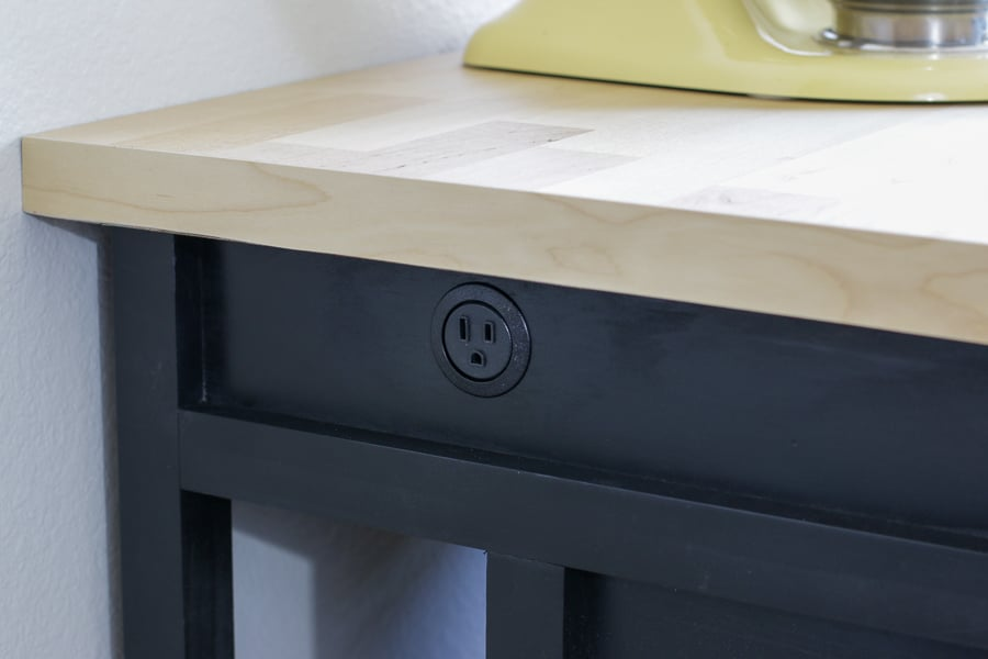 How to build a kitchen island with a power source