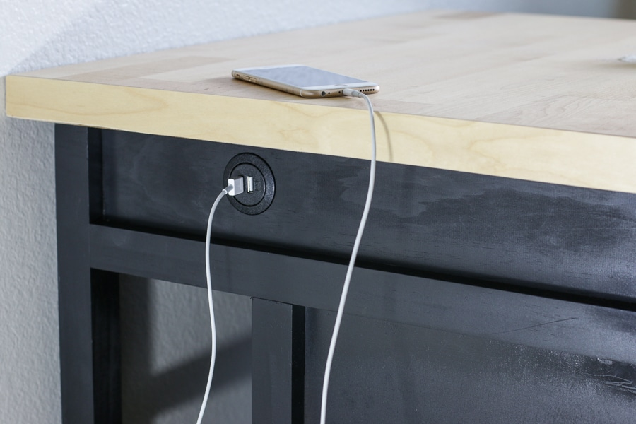 Diy Kitchen Island With Usb Plug The House Of Wood