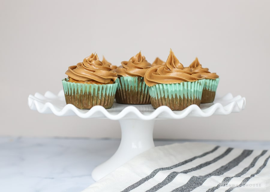 Treat your dog to homemade dog treats like this yummy peanut butter banana pupcakes!