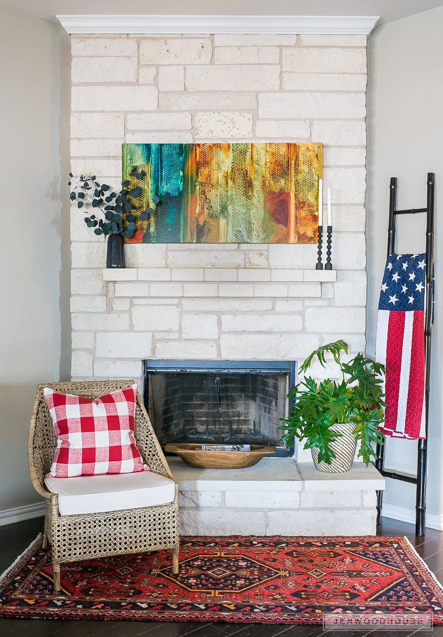 Patriotic decor for fireplace mantel